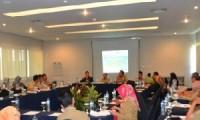 Pembentukan tim Gerakan Terpadu Nasional Penanggulangan Tuberculosis (Gerdunas TB) di Kabupaten Cirebon yang diselenggarakan di Hotel Aston Kedawung. Pembentukan tim Gerakan Terpadu Nasional Penanggulangan Tuberculosis (Gerdunas TB) di Kabupaten Cirebon yang diselenggarakan di Hotel Aston Kedawung - See more at: http://cirebonnews.com/berita/item/8192-penderita-tb-di-kabupaten-cirebon-cukup-tinggi#sthash.SA3EakKy.dpuf