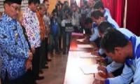 Penandatanganan MoU antara AIPGI dengan Petani Garam Lokal Kab. Cirebon.