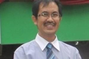 Direktur PDAM Tirta Jati Kabupaten Cirebon, Suharyadi, SE.