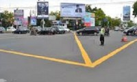 Yellow Box Junction di Perempatan Gunung Sari Kota Cirebon.