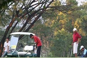 lapangan golf ciperna cirebon