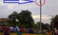 Salah satu contoh penyediaan Kamera CCTV (lingkaran merah) di lokasi RPTRA.