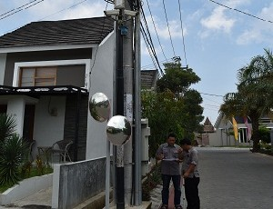 Jaringan kamera CCTV di salah satu sudut perumahan tipe cluster di wilayah Kec. Kedawung - Kab. Cirebon