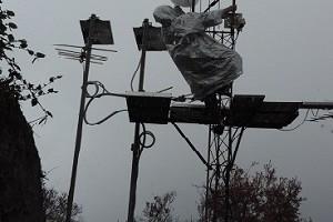 Perangkat CCTV di Kawah Ijen, Banyuwangi.