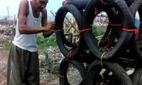 Bisnis Online Cirebon - Nelayan Cangkol Bikin Rumpon