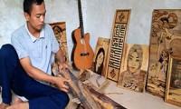 Berita Online Cirebon - Pelepah Pisang Jadi Lukisan