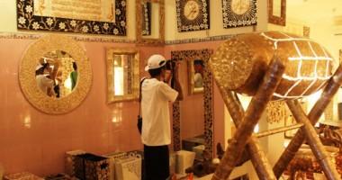 Oleh-oleh Cirebon Mami Khas Cirebon - Penampakan di Dalam Rumah Kerang Cirebon 5